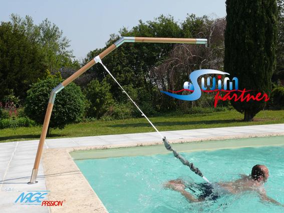 Accessoires assistant de nage swimpartner delta bois for Accessoire nage piscine