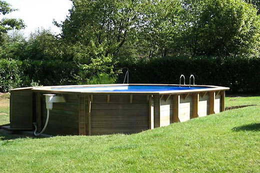 Spa de nage encastrable spa nage encastrable sur for Piscine encastrable bois