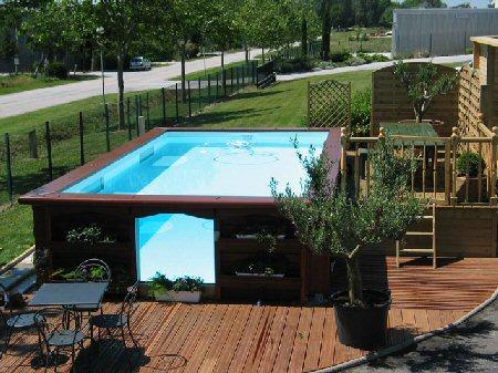 Piscines piscine catalogue piscines spas for Piscine hors sol sans jambe de force